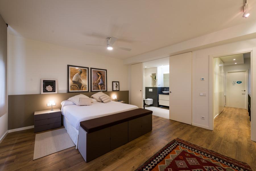 Dormitorio tipo suite | Maurici Serrahima - STANDAL