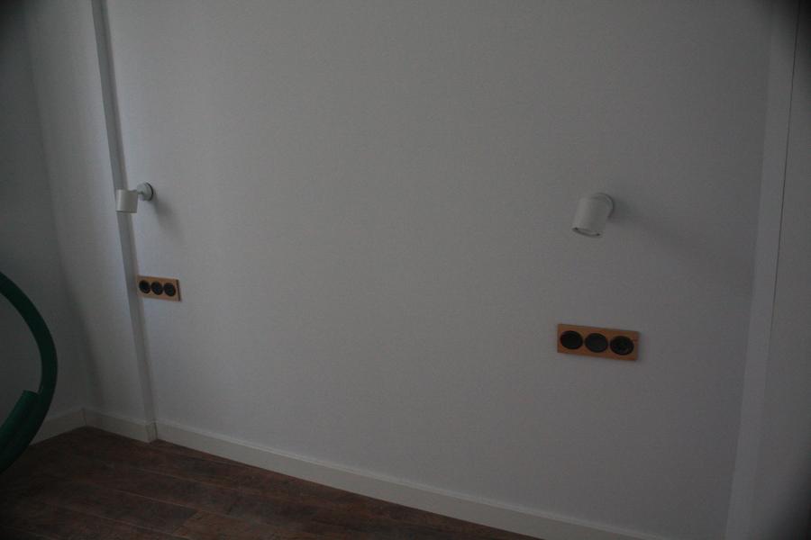 Foto dormitorio de arquitectura sostenible sergio ram rez for Piscina ramirez granada