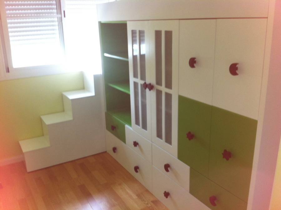 Dormitorios juveniles funcionales y elegantes siempre for Dormitorios funcionales