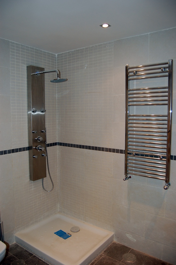 ducha y toallero