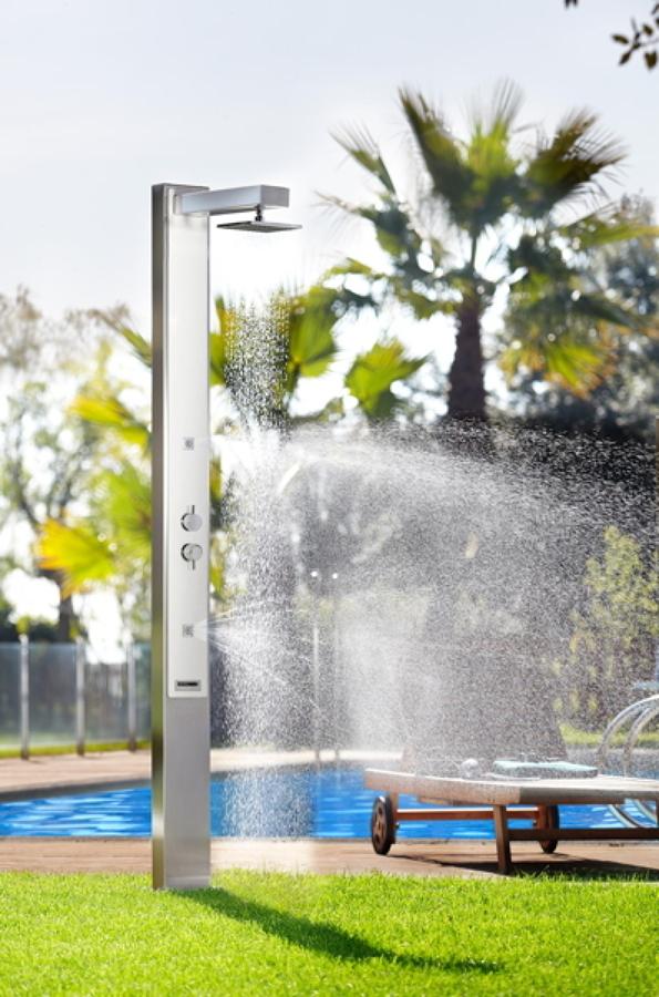 Tipos de duchas para piscina ideas construcci n piscinas - Duchas para piscinas ...