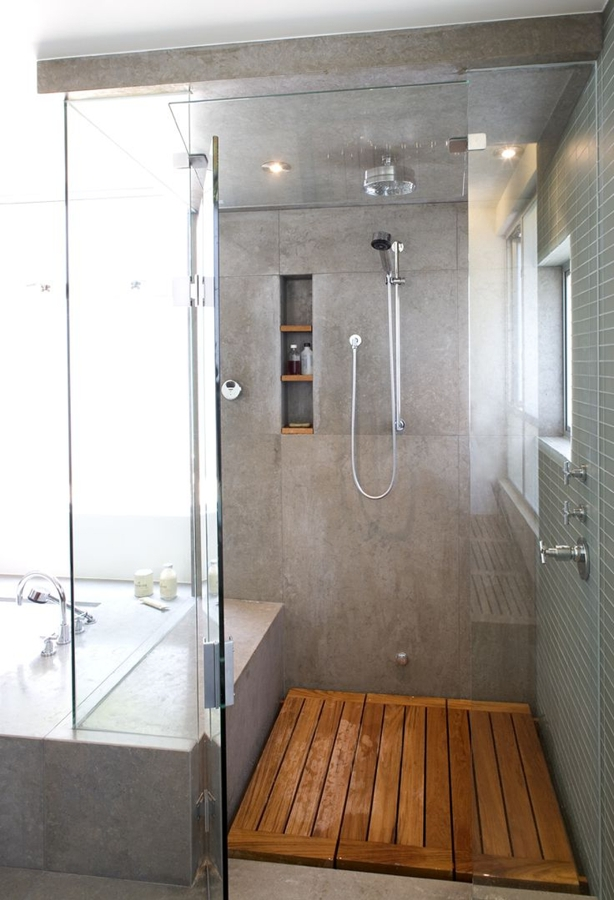 Duchas pequeas medidas amazing elegir entre cortina o mampara para el cerramiento de la ducha o - Duchas pequenas ...