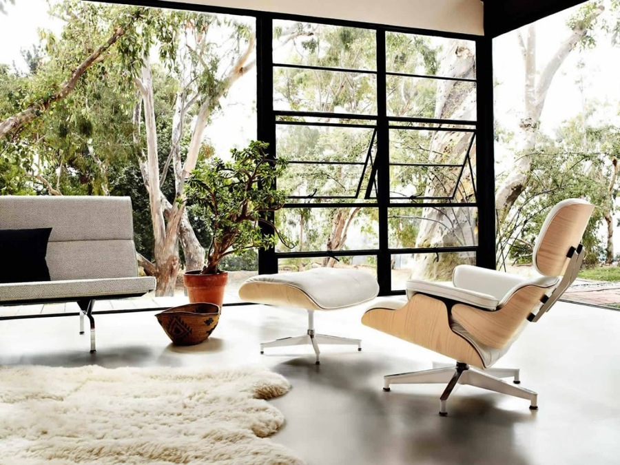 Eames-lounge-chair-and-ottoman-designed-in-1956-in-white-1024x769