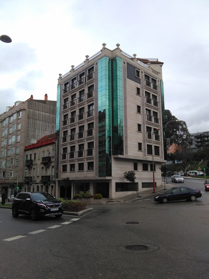 Edificio 27 viviendas