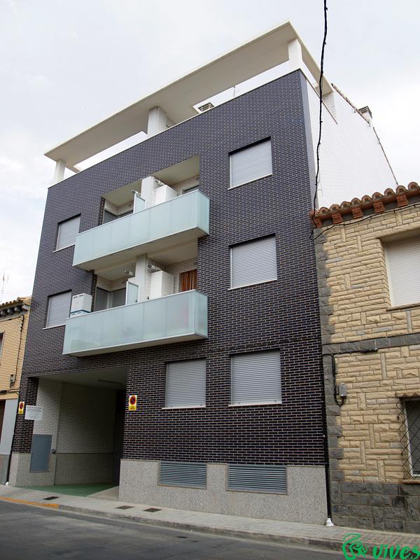 Edificio construido en Villanueva de Gállego (Zaragoza)