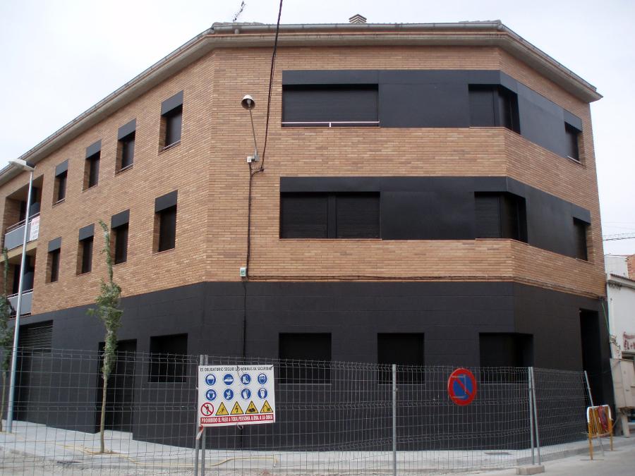 edificio de 7 viviendas situado en c/balmes  SANT FRUITÓS DE BAGES