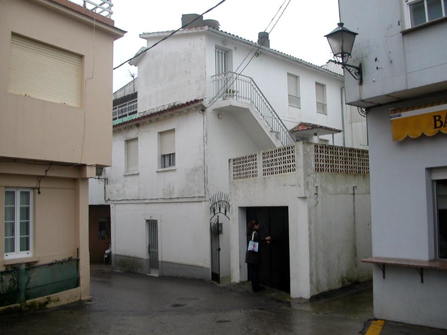Edificio de viviendas en Portonovo_02