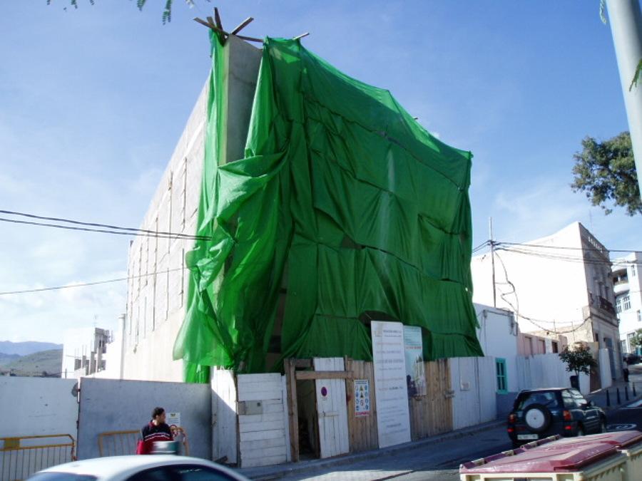 Tamaraceite Edificio de viviendas (antes).JPG