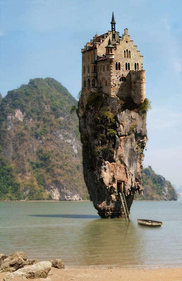 edifico sobre una roca
