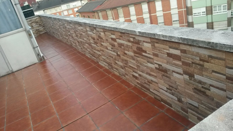 Rehabilitaci n de terraza realizada por sos cubiertas en for Terrazas oviedo
