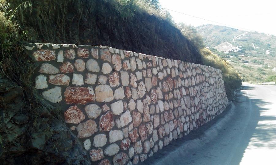 Foto ejecuci n muros mamposter a 2 de estructuras medisd - Tipos de muros de piedra ...