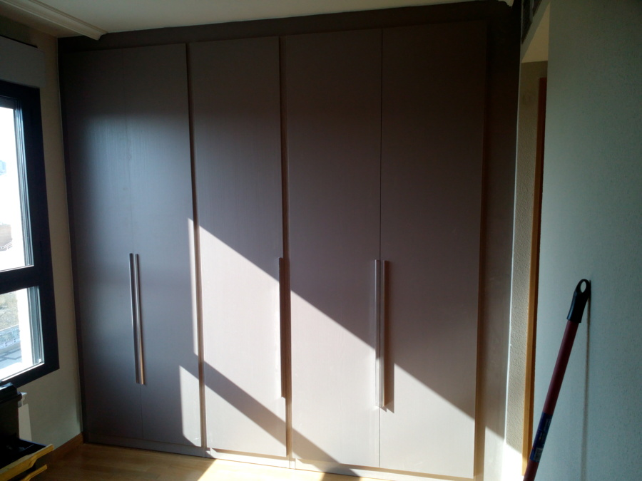 El armario con las 5 puertas