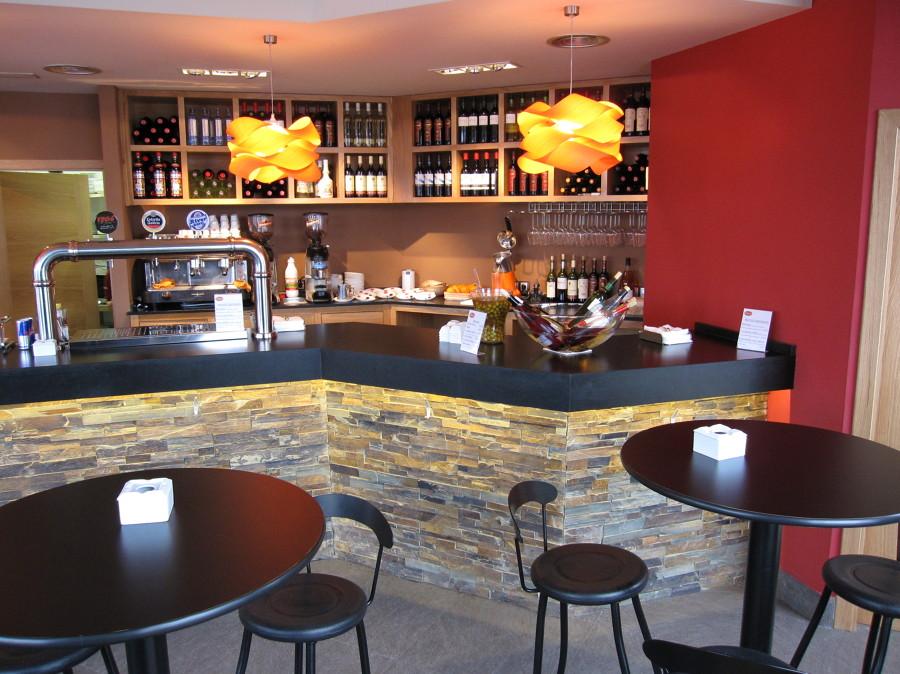 Bar tentempi ideas decoradores - Decoradores de bares ...
