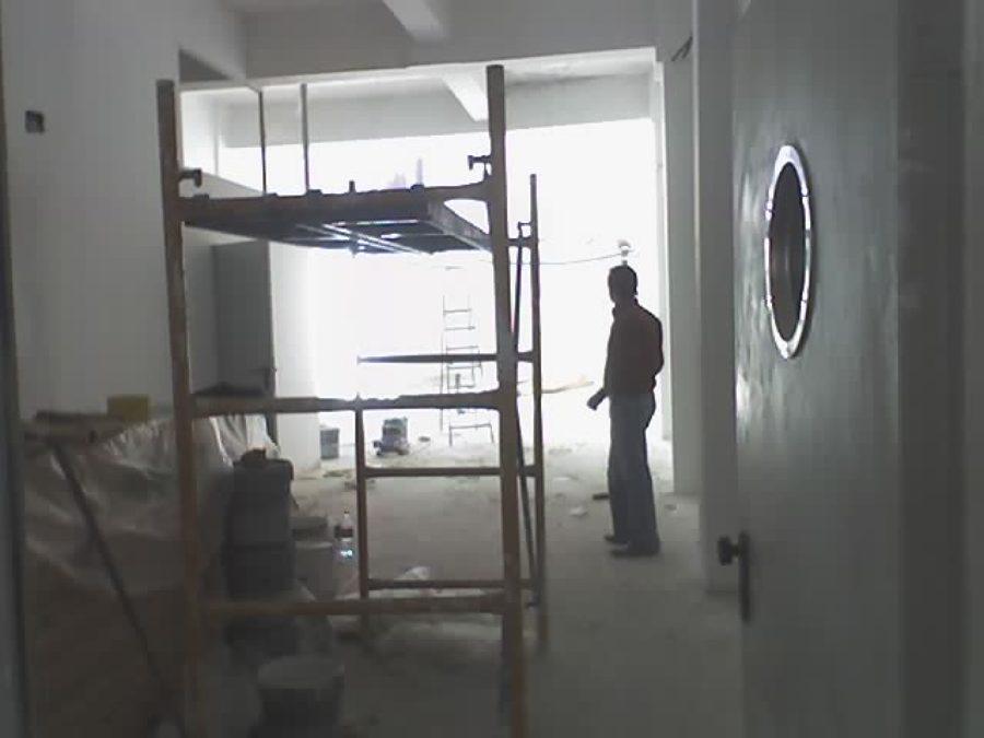 en obras zona de librería y acceso al baño en planta baja