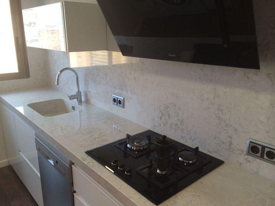 Encimera de cocina en silestone pulsar ideas marmolistas - Cocinas de silestone ...