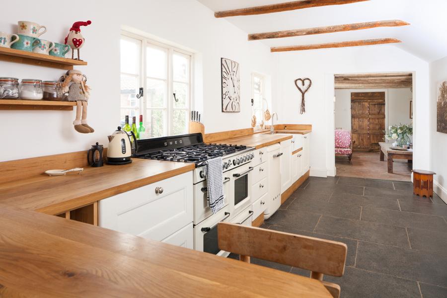 El top 3 en encimeras de cocina granito m rmol sint tico for Precios y colores de encimeras de silestone