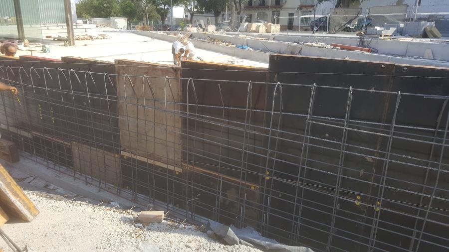 Encofrado muro hormigon