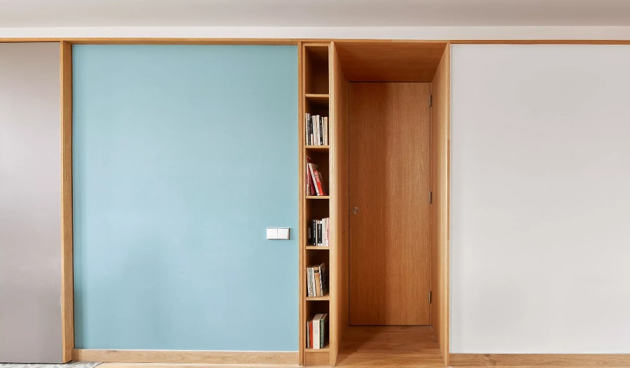 Entrada con mueble separador