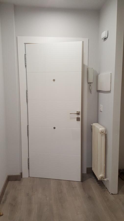 Reforma integral de vivienda piso ideas reformas viviendas for Puerta 8500 proma