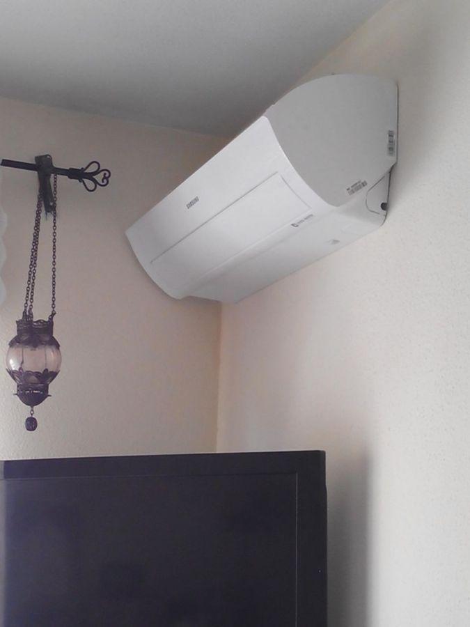 Equipo en dormitorio bomba de calor y telegestionable.