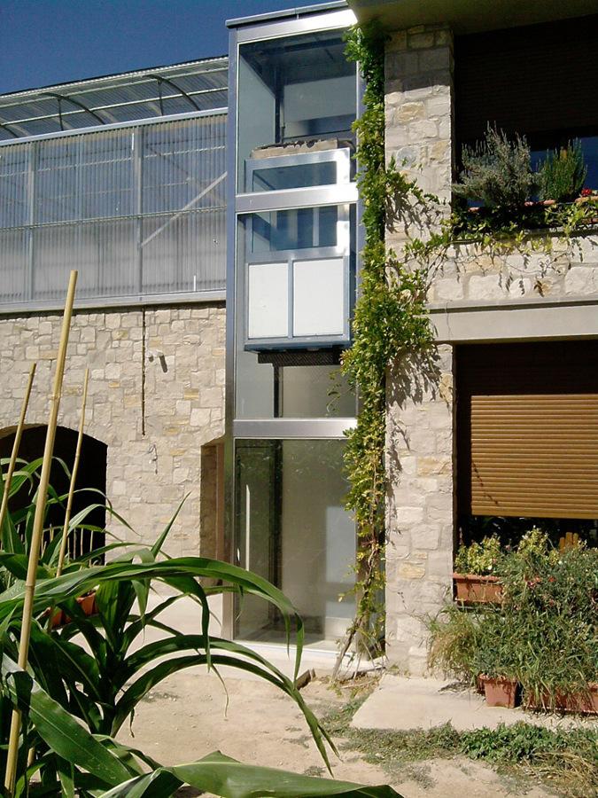 Equipo instalado en exterior de unifamiliar
