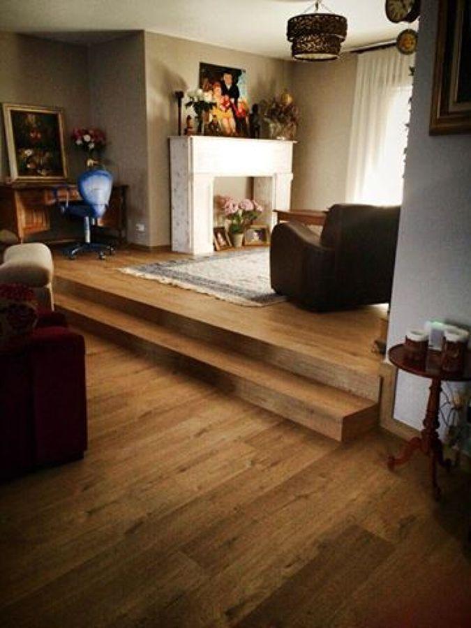 Instalaci n parquet laminado con escaleras mecanizadas for Escaleras de parquet
