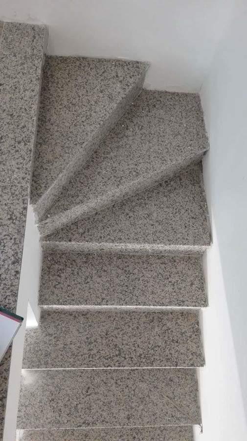Escalera antes del forrado