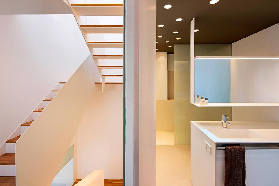 escalera-baño principal