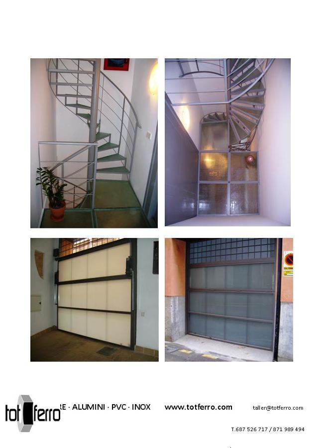 Foto escalera de caracol y puerta de cochera de tot ferro - Puertas de escalera ...
