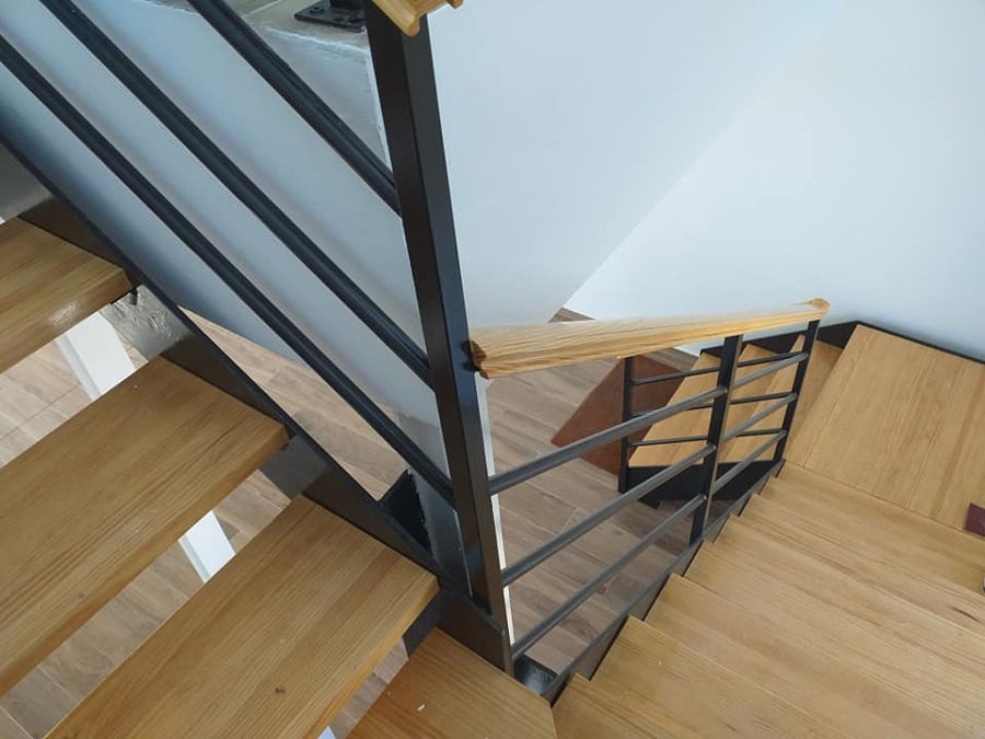 escalera diseño acceso plana 1º