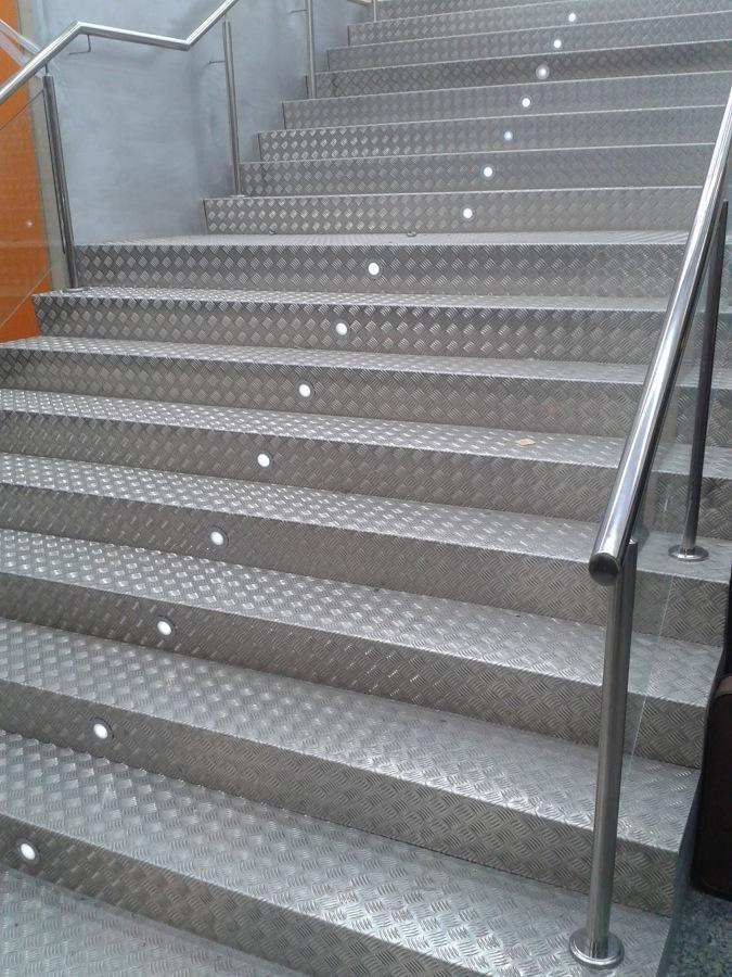 Escalera Interior de Local