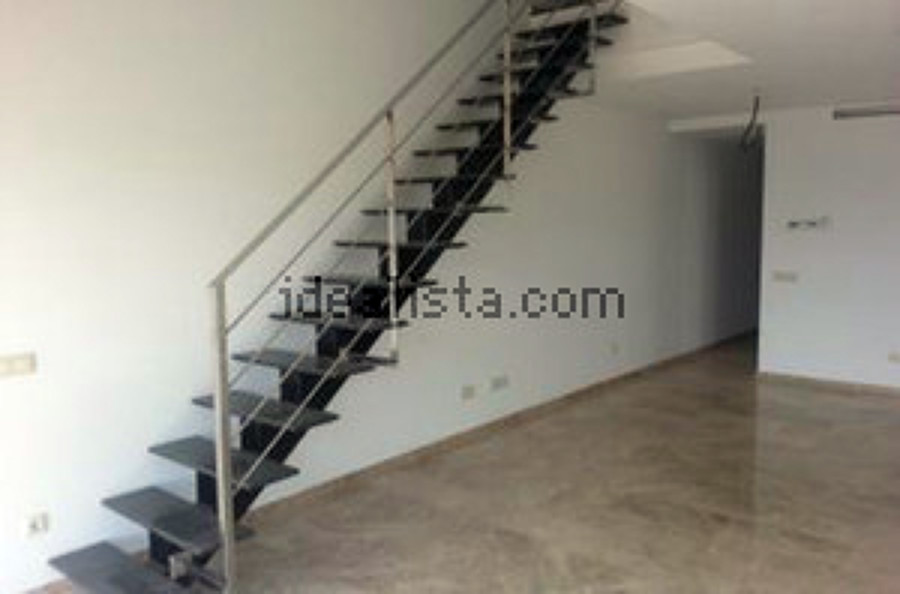 Foto escalera interior vivienda de ag arquitectura gorris for Escaleras de viviendas