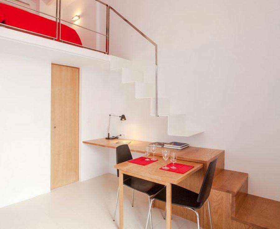 mesa que sirve de escalera