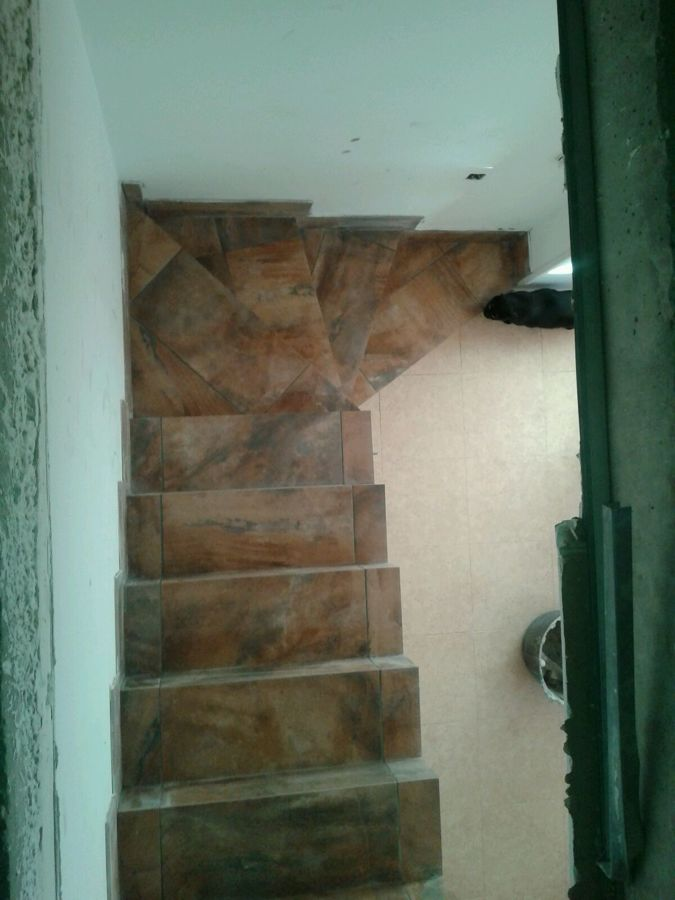 Escalera completa de obra ideas alba iles - Escaleras de obra ...