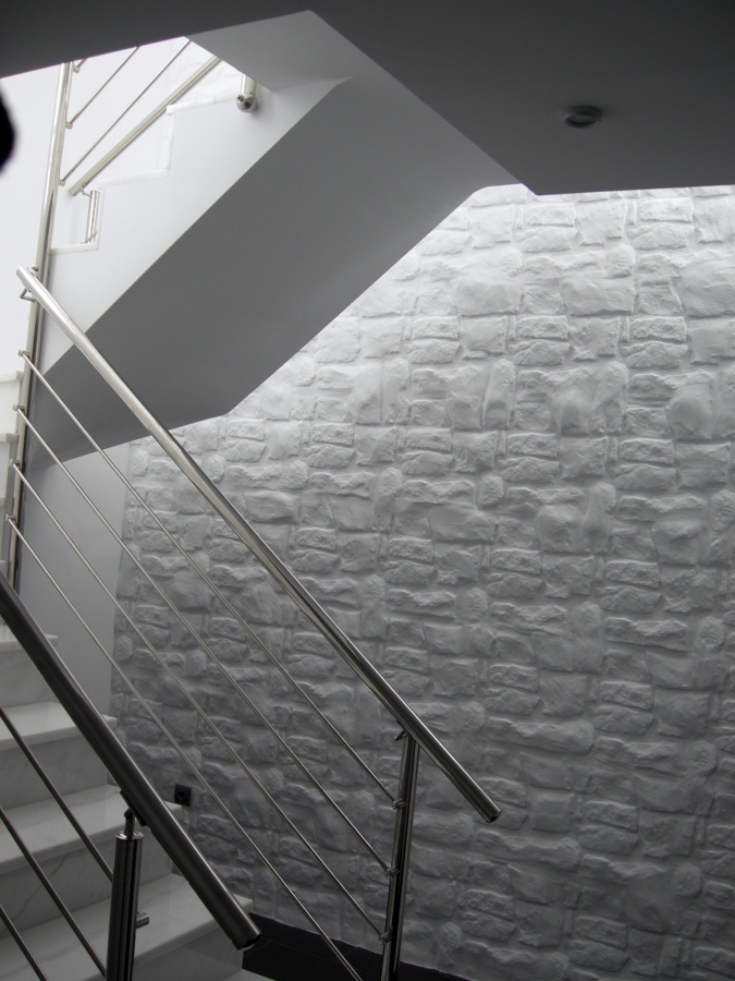 Escalera semisótano