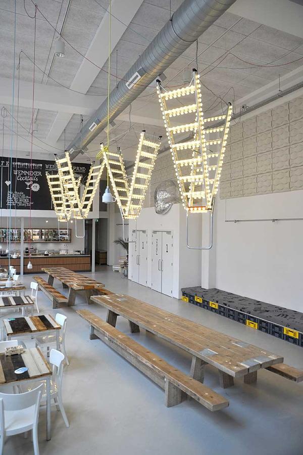 lamparas de techo con forma de escalera