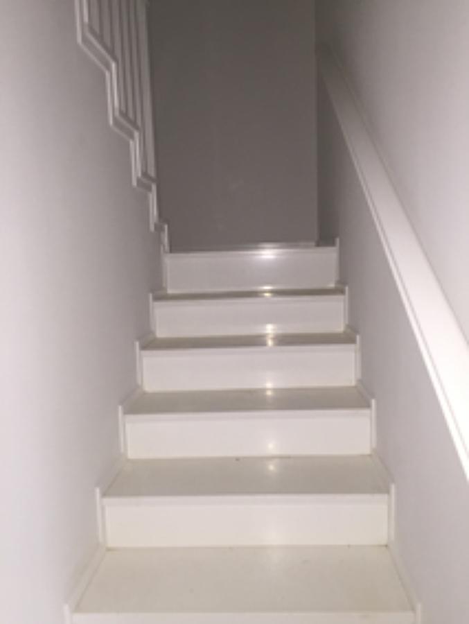 escaleras acceso a planta BC