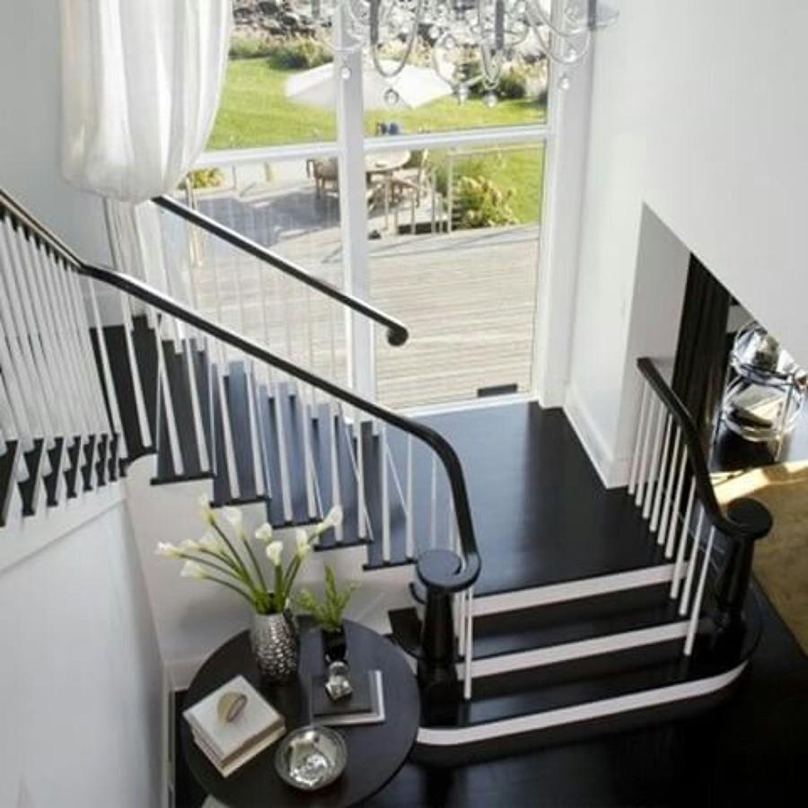 Escaleras B&N