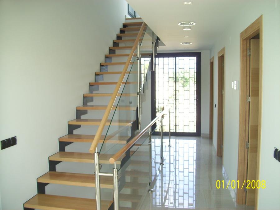 escaleras de 1ª planta