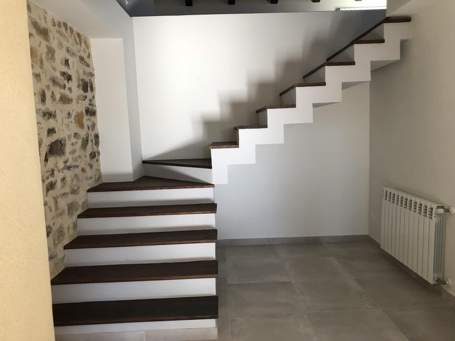 Escaleras de acceso a entrecubierta