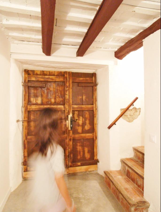 escaleras del casa de pueblo