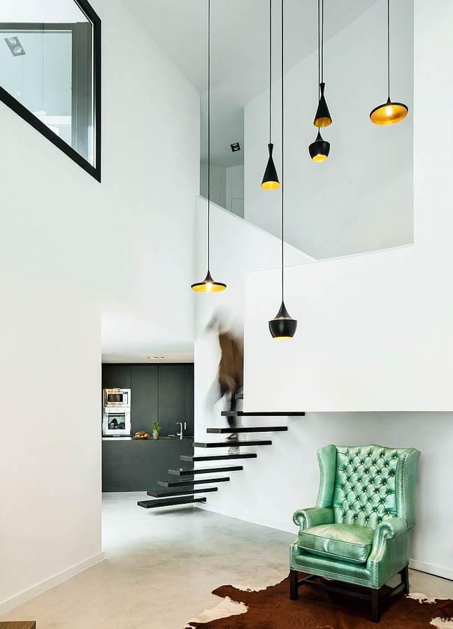 escaleras suspendidas