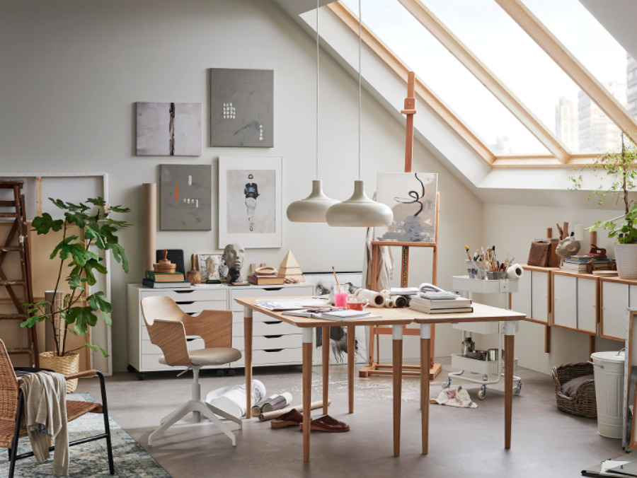 Escritorio de IKEA de madera sostenible