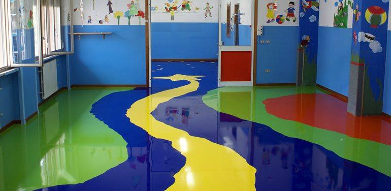 Escuela infantil ideas reformas locales comerciales for Suelos de resina para exterior