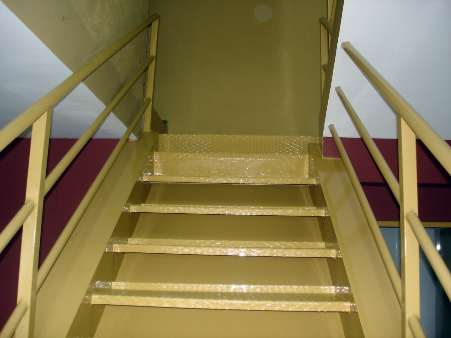 Esmalte en escalera