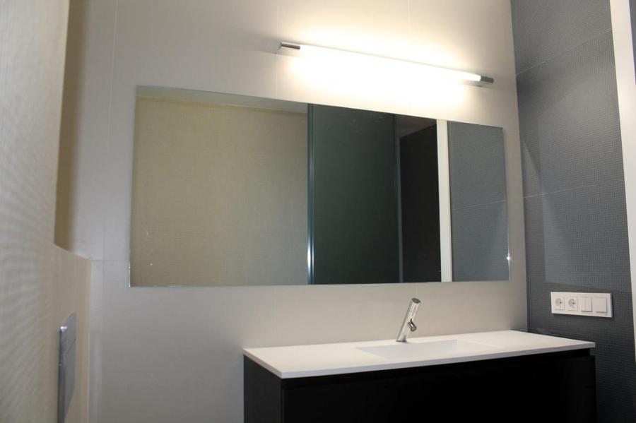 Foto espejo de ba o de espacios y proyectos 316615 - Espejo de banos ...