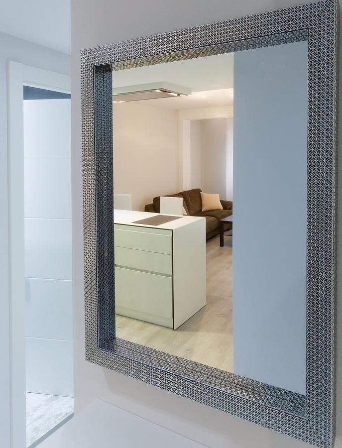 Foto espejo entrada de trestudio s c 456701 habitissimo for Espejos entrada