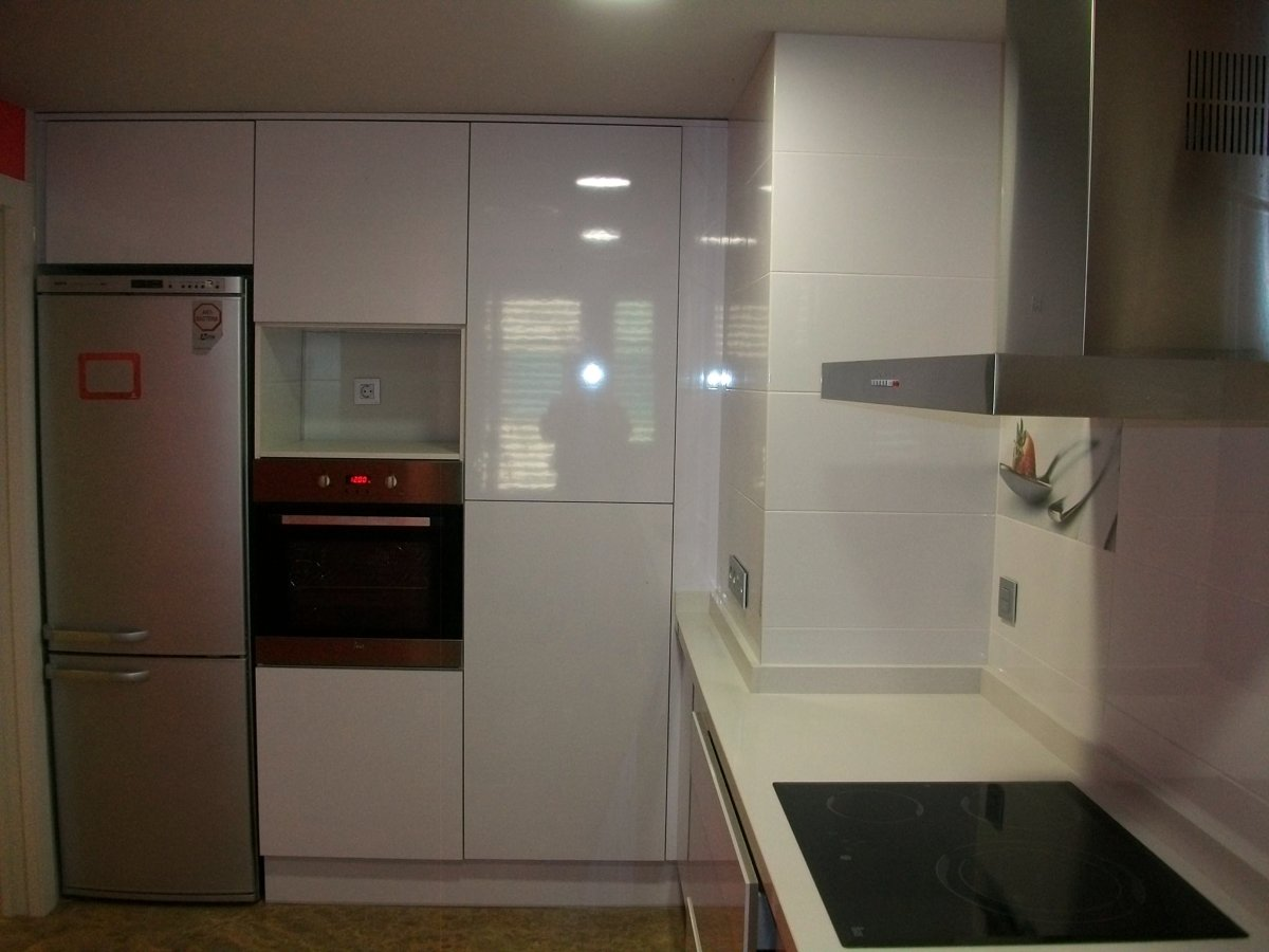 Foto esquina cocina de r mcarq 250387 habitissimo - Cocinas en esquina ...