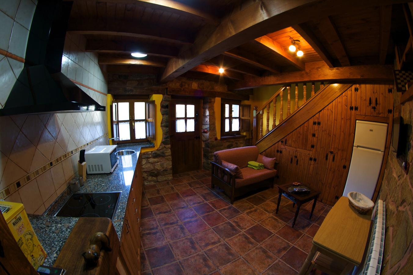Estado reformado interior cocina-salón