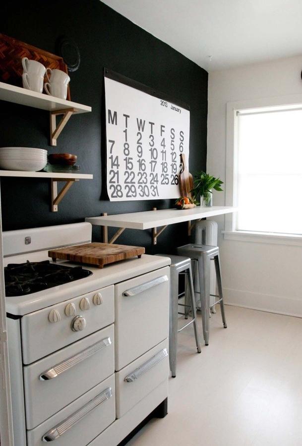 estante para desayunar con taburetes
